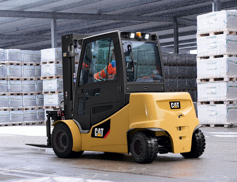 Hire or Rental of Forklift Trucks   Permatt Forklift Trucks Ltd